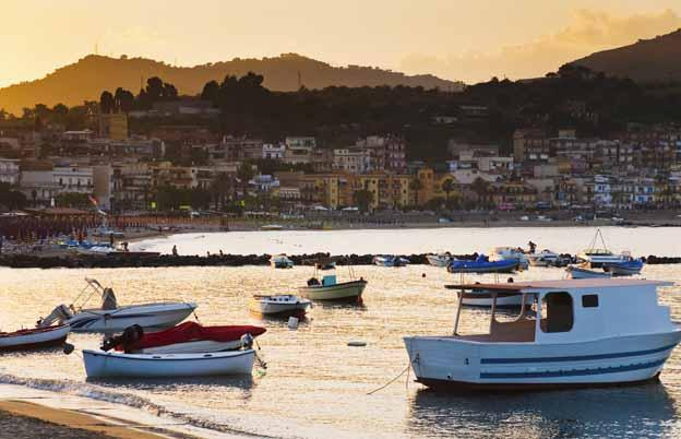 Hotels in giardini naxos günstig buchen its
