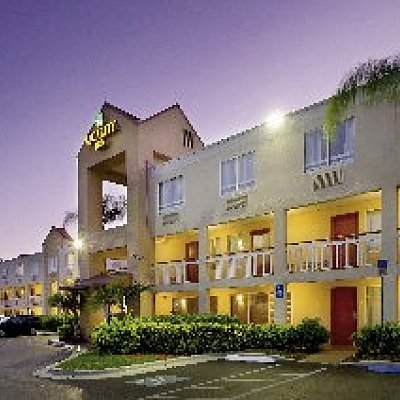 Quality Inn Miami Airport Doral 1F03X8_PH_ITS