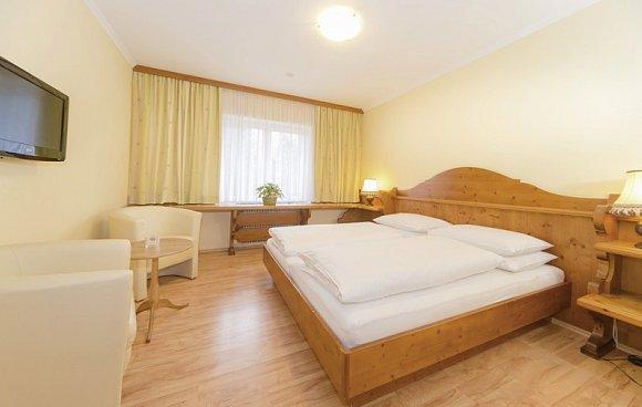 skiurlaub gr bming g nstig buchen its. Black Bedroom Furniture Sets. Home Design Ideas