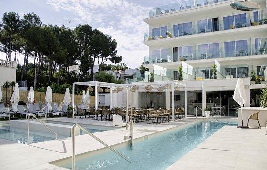 Mandelbl te auf mallorca for Boutique hotel pauschalreise