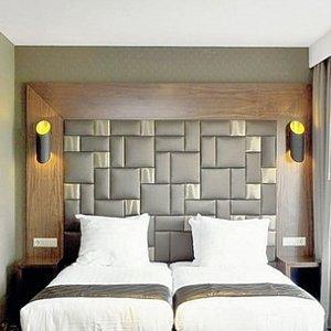 XO Hotels Park West